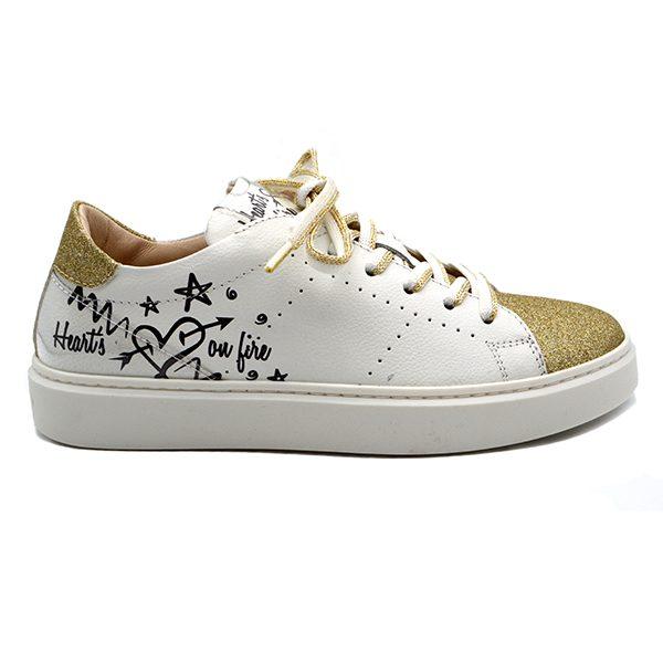 morelli, lacci, bianca oro, graffito, profilo